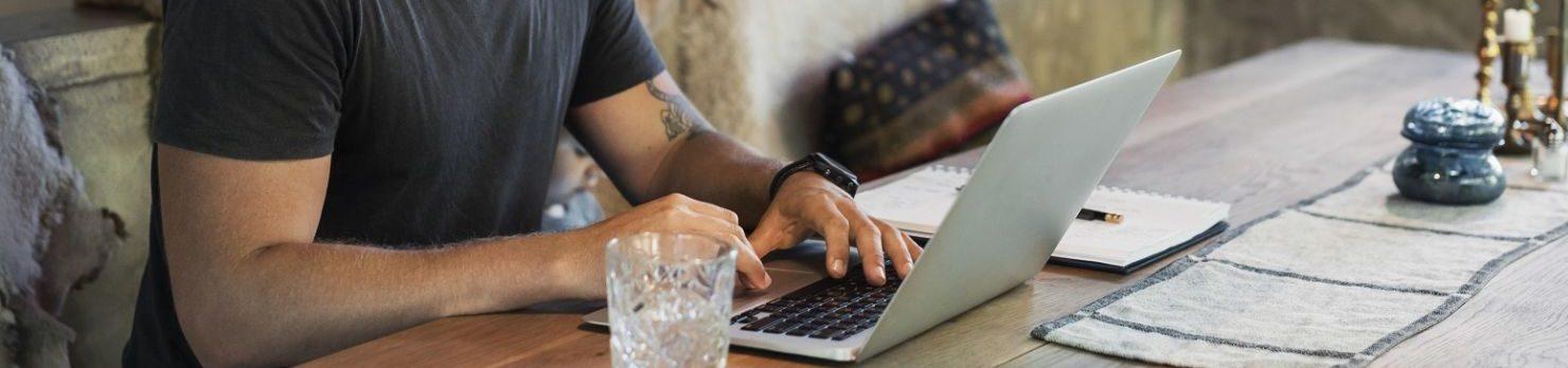 gagner de l'argent de chez soi : Former des personnes sur Internet
